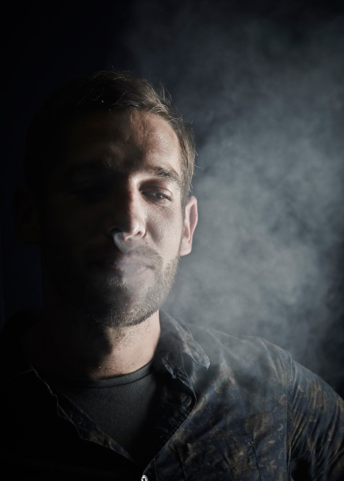 http://www.emmanuelgabily.com/files/gimgs/th-99_smoker_DSC0035_v2.jpg
